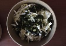 わかめと白菜の簡単サラダ