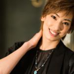 プラスアクト10月号(9月12日発売)に花組・柚香光さんが登場します!