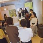 『見違える、私メイク』発売記念イベント <br>河嶋希のメイクレッスンで見違える人、続出!